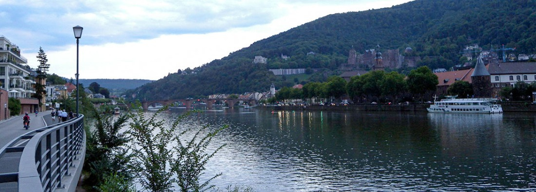 Heidelberg Bridge, Castle and town from downstream, opposite the armoury Photograph by David Hill taken 27 August 2015, 17.54 GM
