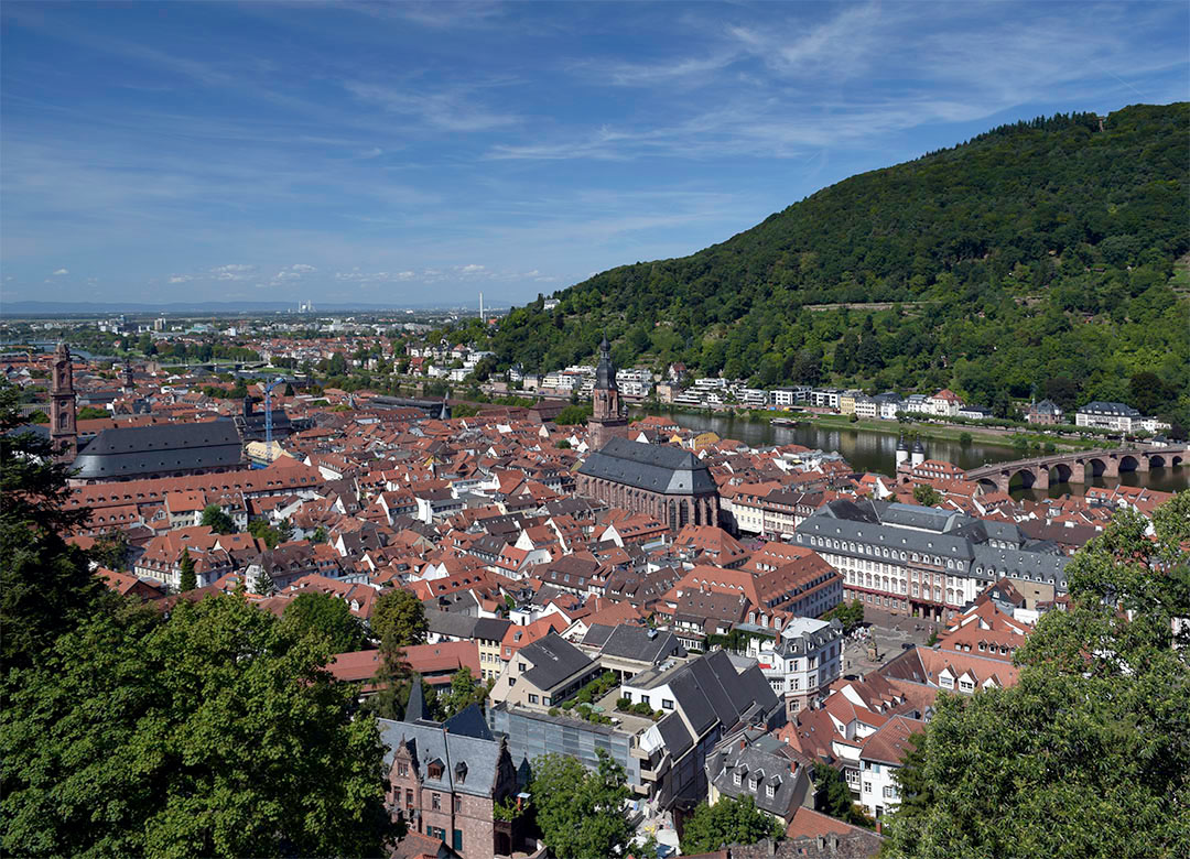 Heidelberg from the West Terrace off the Castle Photograph by David Hill taken 26 August 2015, 10.17 GMT By the 1830s Turner became increasingly dynamic with the relations of landmarks, even as he sketched. In his sketch of this subject he had brought in the Providenzkirche some way from the left, and sets the Heiliggeistkirche and Old Bridge in rather closer relation than in fact.