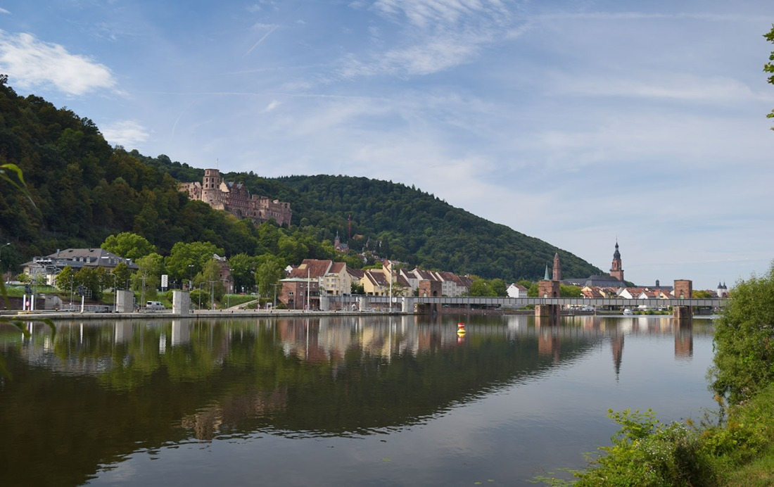 Heidelberg from upstream Photograph by David Hill taken 27 August 2015, 9.05 GMT