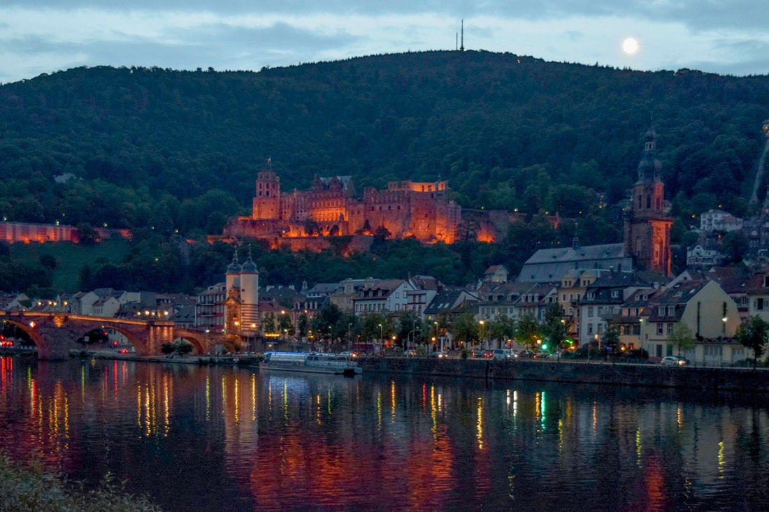 Heidelberg Moonrise Photograph by David Hill taken 27 August 2015, 17.20 GMT
