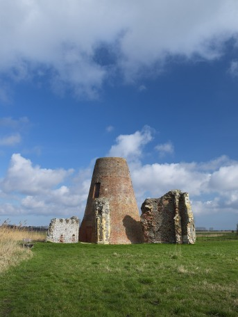 St Benet's Abbey from the south-west Photograph taken by David Hill, 7 March 2017, 11.23 GMT Click on image to view at full size.