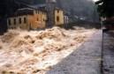 http://www.valledaostaglocal.it/2017/10/12/leggi-notizia/argomenti/cronaca-4/articolo/alluvione-dellottobre-2000-in-valle-daosta-il-ricordo-del-cpel.html