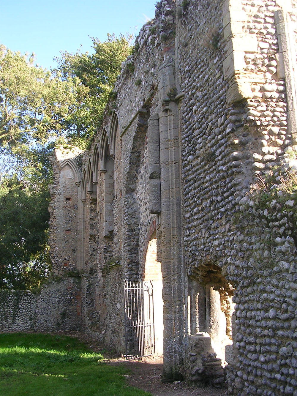 Beeston Priory - Cotmans perch